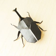 """This time, we will introduce the """"three-dimensional beetle"""" made with two origami … – Shoe Ideas Kids Origami, Origami Animals, Origami Paper, Paper Crafts For Kids, Projects For Kids, Cool Insects, Baby Boy Shoes, Paper Folding, Craft Work"""