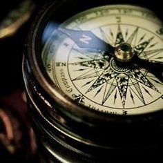 canatime:    Vintage compass -nikitajade