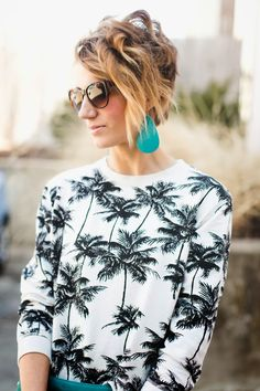 awesome wavy short hair, scuba blue leather earrings, palm print