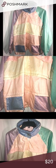 VINTAGE 70's JOGGING SPACE AGE SHINY XL COOL IT VINTAGE 70's JOGGING SPACE AGE SHINY Multi Color SZ XL JACKET COOL IT USA CUTE! Smoke free pet free home.  FAST SHIP! armpit to  across measures at 26 inches and the length is 27 inches. There are a few spots on it but it's not noticeable.   K/b1 Vintage Jackets & Coats Blazers