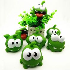 1.41$  Buy here - 1Pcs Rope Frog Vinyl Rubber Android Games Doll Cut The Rope OM NOM Candy Gulping Monster Toy Figure with Sound   #aliexpress
