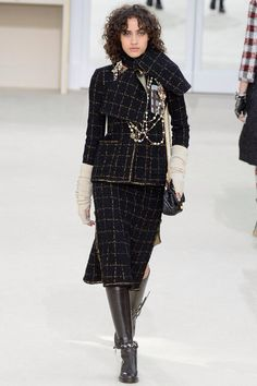 Chanel, Look #30