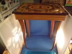 "Unusual Vintage Italian Jewelry Box ""Arrivederci Roma"" Music Box Table"