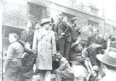 Tüntetők  #revolution #1956 #hungary #houseofterror #communism #demonstration