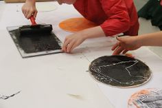 Printing workshop for Year 2 pupils, led by Sophie Fox, at the Sainsbury Centre.