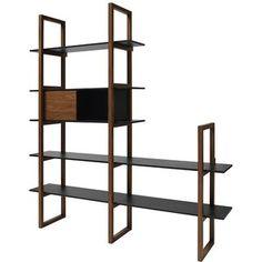 Boekenkast store met planken en kast hout met zwart is een prachtig object in je interieur. De handige open kast heeft een stijlvol kastje met schuifdeur. De boekenkast is geschikt voor veel boeken maar ook voor decoratieve voorwerpen, maak er een leuke combinatie mee. De kast is gemaakt van staanders in donker walnoten fineer en de royale planken zijn gemaakt van zwart MDF hout. De boekenkast Store is leverbaar in vele variaties, bekijk onze hele collectie. * Boekenkast met planken en…