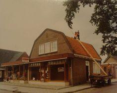 Sloop ouderlijk huis voor de nieuwbouw winkel.