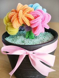 13 Mother's Day Crafts Ideas for Kids: Potted Pipe Cleaner Posies