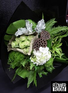 opulent darkness - The Flower Room Amazing Flowers, Beautiful Flowers, Simple Flowers, Large Flower Arrangements, Bouquets, Memorial Flowers, Home Flowers, Flowers Garden, Flower Room