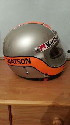 Racing Helmets, Football Helmets, Helmet Design, John Watson, Elmo, Motorbikes, Old School, Wheels, The Originals