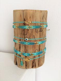Set of two bracelets with Miyuki beads and cowrie – Schmuck Loom Bracelet Patterns, Bead Loom Bracelets, Loom Patterns, Beading Patterns, Miyuki Beads, Beaded Jewelry, Handmade Jewelry, Peyote Beading, Jewelry Making