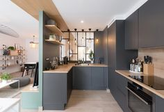 A totally transformed apartment in Lyon - PLANETE DECO a homes world - Trend Award Design 2019 Small Apartment Interior, Kitchen Interior, New Kitchen, Kitchen Decor, Küchen Design, Home Design, Home Renovation, Home Remodeling, Tamizo Architects