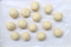 You can either roll out a thin sheet of dough or form the dough into several small balls Pumpkin Empanadas, Beef Empanadas, Empanadas Recipe Dough, Empanada Dough, Best Pandesal Recipe, Almond Pastry, Recipes With Flour Tortillas, Chocolate Peanut Butter Brownies, Beet And Goat Cheese