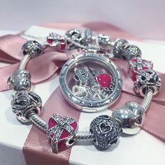 Love is giving hints Tag your loved on in our NEW 2017 Valentines Collection! This collection is sure to make your heart skip a beat. #PANDORA #PANDORACharm #PANDORABracelet #PANDORAjewelry #PANDORASTC #TheLookOfYou #PANDORASTC #STC #ScarboroughOntario @shopSTC