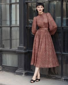 Ulyana Sergeenko Fall-Winter Demi-Couture collection is now available in our showroom in Moscow and for online order ❤️ Осенне-… Fashion Mode, Modest Fashion, Hijab Fashion, Fashion Dresses, Fashion Music, 40s Fashion, Fashion History, Paris Fashion, Style Fashion