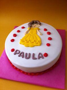 Tarta de la Princesa Bella elaborada por TheCakeProject en Madrid