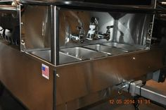TopDogCarts.com - TD 24 Model cart with Four Sinks