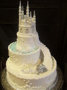 For you LAURIE! it's a cinderella wedding cake:)