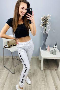 Biele dámske tepláky s nápisom White Jeans, Kiss, Crop Tops, Pants, Women, Fashion, Short Tops, Trousers, Fashion Styles