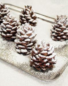 Simple + Easy Snowy Chocolate Pinecones #Recipe