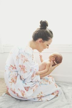 I like that I can look like me in a pic like this...a tired, imperfect, in love mama and not some model pretending to be a new mom!! ;)