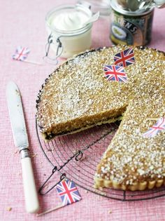 When you need a real crowdpleaser of a pud, you can't go wrong with a classic British treacle tart. Sweet and satisfying, this gooey but crunchy tart is such a treat! Pie Pastry Recipe, Pastry Recipes, Tart Recipes, Bread Recipes, Pudding Desserts, Dessert Recipes, Dessert Ideas, Delicious Desserts, Yummy Food