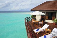 water villa deck at Robinson Club Maldives -->>> www.voyagewave.com