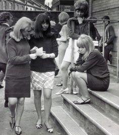 Judy Geeson and Lulu - To Sir, With Love, 1967