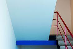 Krambeutel unterwegs zum bauhaus dessau treppenhaus im for Pool design dessau