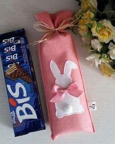 I love shyam ! Bunny Crafts, Easter Crafts, Felt Crafts, Diy Home Crafts, Sewing Crafts, Crafts For Kids, Happy Easter, Easter Bunny, Diy Ostern