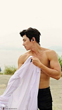 Damn so hot ji chang wook 😘😘😘 What the hell ! Damn so hot, ji chang wook 😘😘😘 Ji Chang Wook Abs, Ji Chang Wook Healer, Ji Chan Wook, Hot Korean Guys, Hot Asian Men, Korean Men, Asian Guys, Song Hye Kyo, Asian Actors
