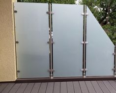 6 good reasons for wind and screen protection for glass terraces - Decoration Ideas Roof Balcony, Balcony Privacy, Privacy Fences, Privacy Glass, Glass Fence, Glass Screen, Frosted Glass, Clear Glass