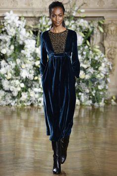 51ccc283af75 Платье из велюра миди Осенняя Мода, Модный Показ, Модные Тенденции, Женская  Мода,
