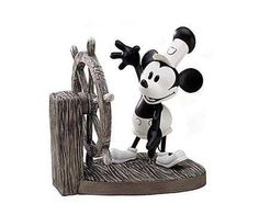 WDCC Mickey Steamboat Willie Retired Club Sculpture