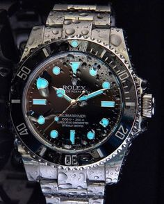 Rolex Oyster Perpetual Submariner 300m. Black bezel and Dial.