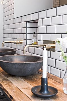 bathroom ideas remodel is very important for your home. Whether you pick the diy bathroom remodel ideas or small bathroom storage ideas, you will make the best remodeling bathroom ideas for your own life. Retro Home Decor, Serene Bathroom, Cheap Home Decor, Small Bathroom, Stunning Interiors, Diy Bathroom Remodel, Trending Decor, Bathroom Decor, Beach Bathroom Decor