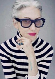 """リンダロダンコーディネート - """"ファッションは、60代からだ64歳のリンダロダンのファッションは私の永遠のワナビーモデルです。 名前リンダロダンrinda …"""
