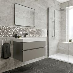 Grey Bathroom Floor, Light Grey Bathrooms, Marble Tile Bathroom, Grey Floor Tiles, Bathroom Tile Designs, Wall And Floor Tiles, Grey Flooring, Stone Flooring, Bathroom Interior Design