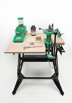 DIY: How to Build a Compact Reloading Bench | Outdoor Life