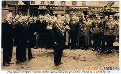 Prezydent Więckowski podczas uroczystości wręczenia sztandaru Foto: http://www.wtg-gniazdo.org