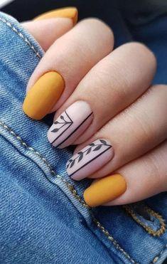 Effect nailart yellow nail inspo unha amarela inspo Nails How to use nail polish? Nail polish in your friend's nails lo Cute Acrylic Nails, Matte Nails, Acrylic Nail Designs, Gel Nails, Nail Nail, Nail Polish, Coffin Nails, Toenails, Acrylic Art