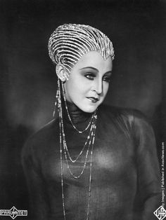 Brigitte Helm gets a brief respite from the confines of her robot costume in director Fritz Lang's landmark film Metropolis (1927). Description from pinterest.com. I searched for this on bing.com/images