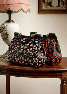 dolce and gabbana winter 2016 woman accessories collection 12 Bags 2018 4c15a05dbab7f