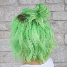 Hair styles 74 Wonderful Dusty Green Shades Ideas And Inspirations Hair color Dusty Green Green hair Hair Ideas Inspirations Shades styles Wonderful Neon Green Hair, Green Wig, Green Hair Colors, Hair Dye Colors, Cool Hair Color, Short Green Hair, Short Dyed Hair, Pastel Hair Colors, Ombre Green