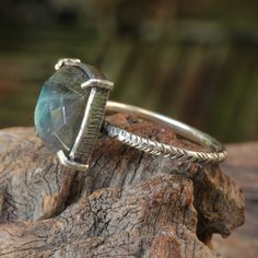 Square cut labradorite ring with chunky by MetalStudioThailand