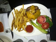 Burger with cheddar and seasoned fries