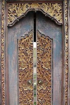 ...look at the details... Bali