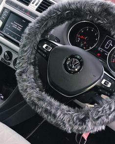 Fuzzy Dark Grey furry faux fur car steering wheel cover - Dark Grey faux fur fuzzy steering wheel cover Handmade from this gorgeous dark grey faux fur fabric Car Interior Decor, Car Interior Design, Volkswagen Beetle Interior, Maserati Ghibli, Maserati Suv, Ferrari 458, Fuzzy Steering Wheel Cover, Car Interior Accessories