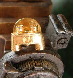 Binoculars Novelty Tie Tack Vintage Tietac Military Bird watching Astronomy Men's Tie Accessory