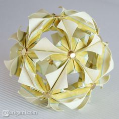 Arabesque (Mio Tsugawa) squares, 30 units, no glue